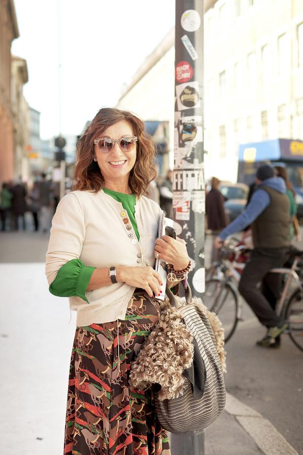 images Street Chic: Milan Fashion Week, Spring 2012