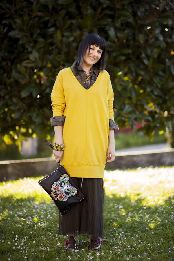 Smilingischic, fashion blog, Sodini bijoux, a dream that smells of home, Lucca, camouflage trend, punto luce Sodini, yellow,