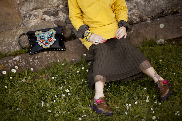 Smilingischic, fashion blog, Sodini bijoux, a dream that smells of home, Lucca, camouflage trend, punto luce Sodini, yellow, long skirt