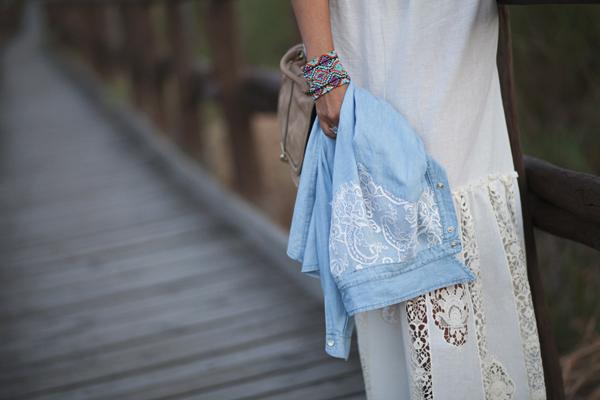 smilingischic, fashion blog, Mia wish, mia wish dress, abito in pizzo lungo, country and romantic style, dettaglio camicia di jeans