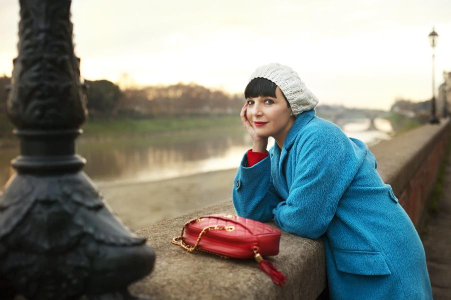 smilingischic, fashion blog, Sandra Bacci,goodbye melancholy, outfit, Firenze, Lungarni, outfit colorato per le feste, bag Chanel