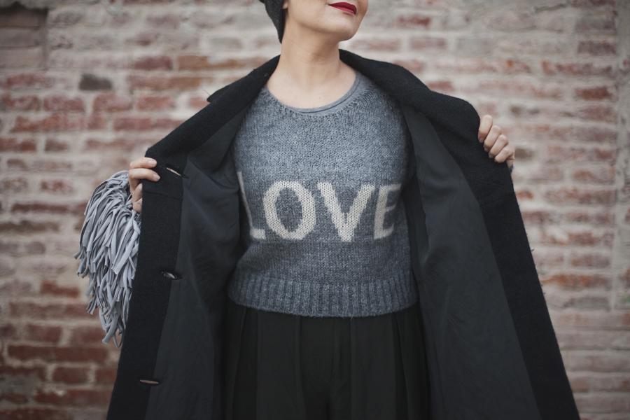 Smilingischic, fashion blog, Sandra Bacci, Whatever, gray , love, outfit, dettagli