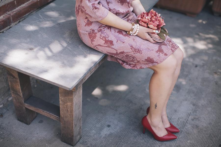 Smilingischic | Tonfano-1009, Dress Code weeding, Moijejoue Tonfano, come vestirsi per un matrimonio estivo, fleurs des amis capsule collection , Décolléte rosse,