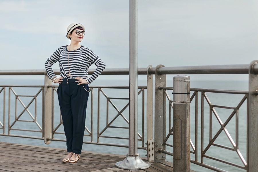 Smilingischic -1002, sailor style,  ironia, strips,  Tonfano, beach