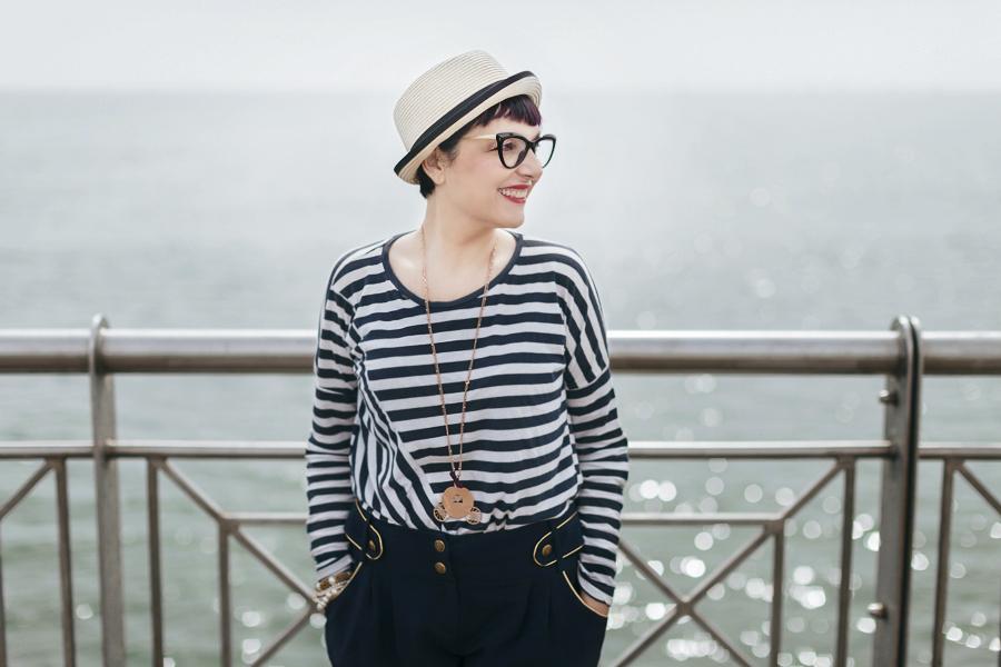 Smilingischic -1004, sailor style,  ironia, strips,  Tonfano, beach