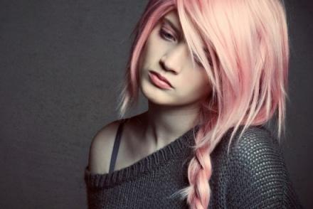 _pink-hair-chalk