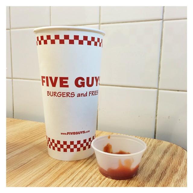 Un pensiero fisso ? #fiveguys #red #food  #travel  #latergram #me #honeymoon #newyork
