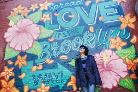 Smilingischic - New York -1006, Williamsburg, graffiti, Mia Wish