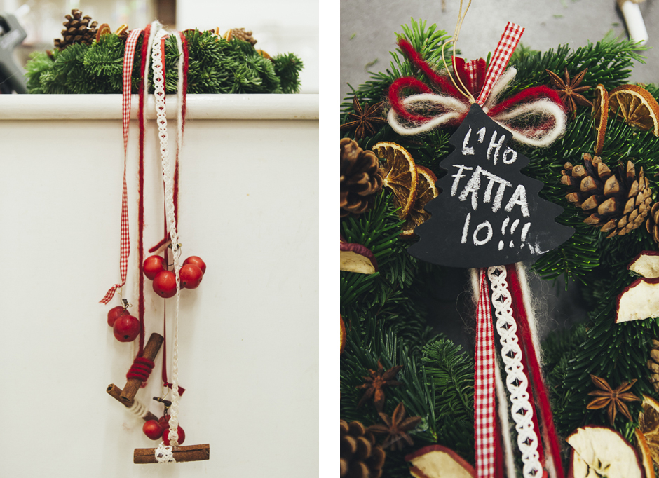 Come fare ad avere la pi bella ghirlanda di natale - Corone natalizie da appendere alla porta ...