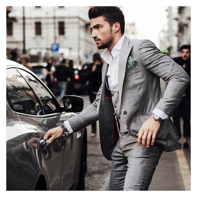 News #Streetstyle #milanomodauomo  #Milan_fashion #marianodivaio #style  #stylish #man @marianodivaio