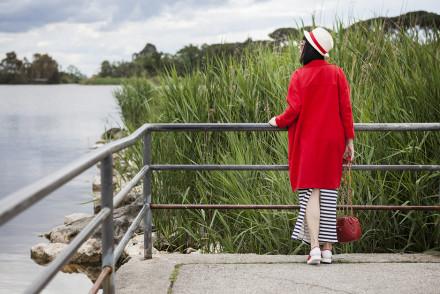 come vestirsi nel tempo libero, cartoline al lago,