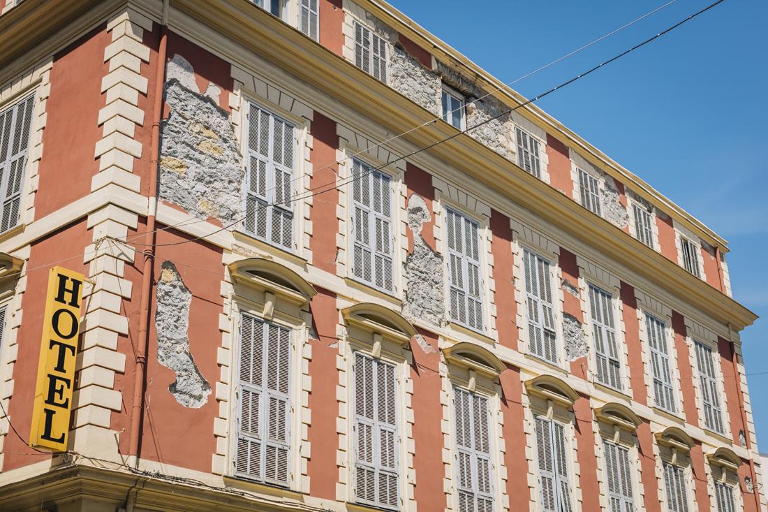 facciata Hotel, Cosa vedere a Menton in 24 ore
