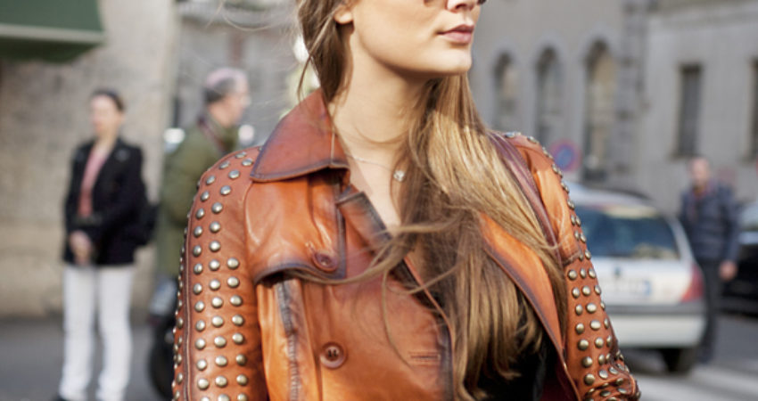 Street style : Brown leather jacket