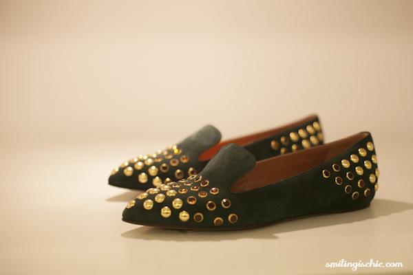 Smilingischic, fashion blog, presentazione collezione Autunno Inverno 2013/2014. L'Autre Chose, dettaglio punta con pietre e borchie