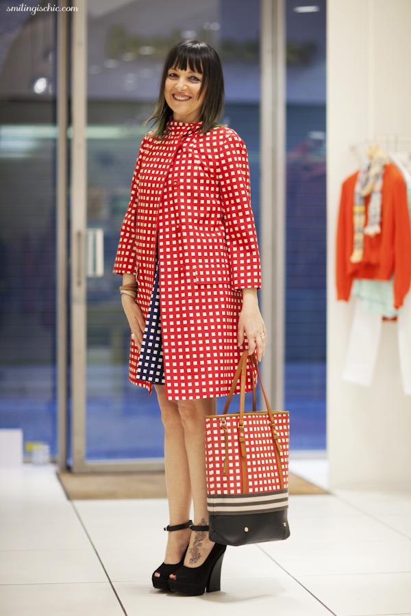 Smilingischic, fashion blog, collezione primavera estate 2013 Max & Co, negozio Lucca , tote bag a blocchi di colore, Fit & Flare Dress di raso e ottoman, soprabito ladylike di ottoman a quadretti