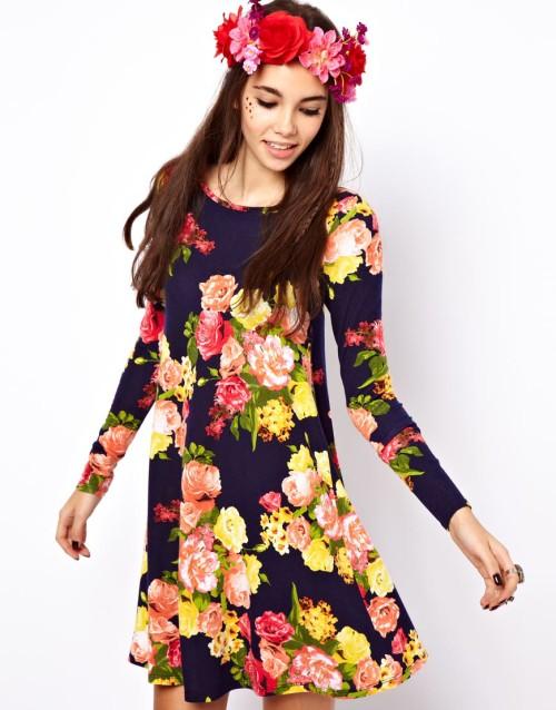 vestito floreale a stampa con fiori gialli, abito svasato, Asos