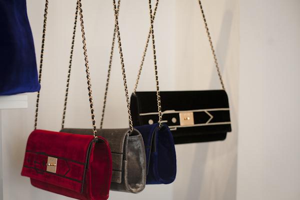smilingischic, fashion blog, presentazione colezione Autunno Inverno 2013/2014 V°73, V°73, it -bag, Elisabetta Armellin, velvet clutch