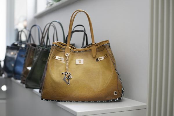 smilingischic, fashion blog, presentazione colezione Autunno Inverno 2013/2014 V°73, V°73, it -bag, Elisabetta Armellin , city bag