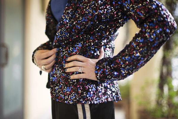 smilingischic, fashion blog, sparkle and comfy look, streestyle, giacca di paillettes, contrasti, dettagli, Pietrasanta,