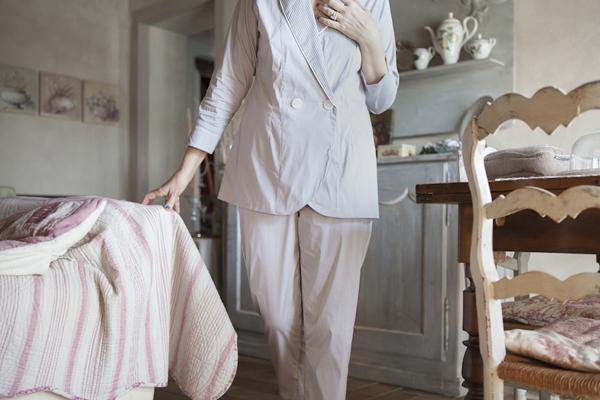 Smilingischic, fashion blogger, please do not call it pajamas, testimonial brand Gilla C.M. , pigiami sartoriali, pigiama a righine doppio petto
