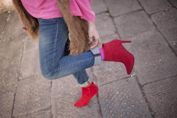 smilingischic, fashion blog, pink and red, spring, occhiali da sole Max & Co , outfit , dettagli, tronchetto rossi H&M ,