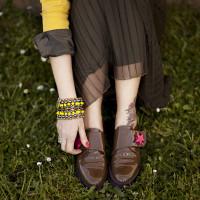 Smilingischic, fashion blog, Sodini bijoux, a dream that smells of home, Lucca, camouflage trend,  scarpe con stella fucsia, bracciale Sodini, yellow,