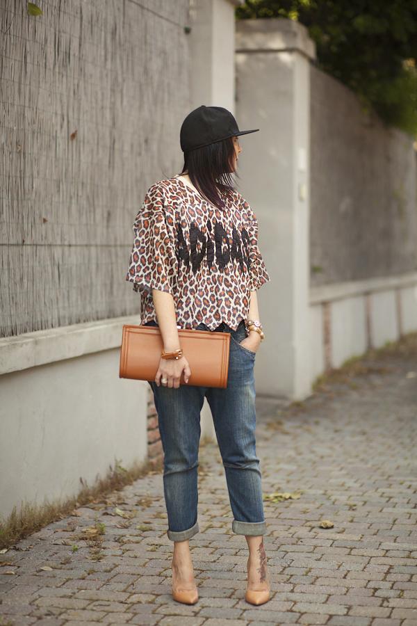Smilingischic, fashion blog, outfit, streestyle, Jeremy Scott collezione S/2013, stampa animalier pop, baseball cap,