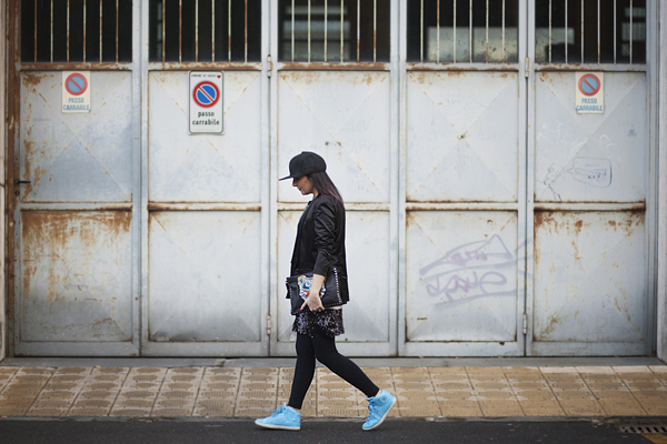 Smilingischic, fashion blog, Sandra Bacci, outfit, street style, black, sneakers,
