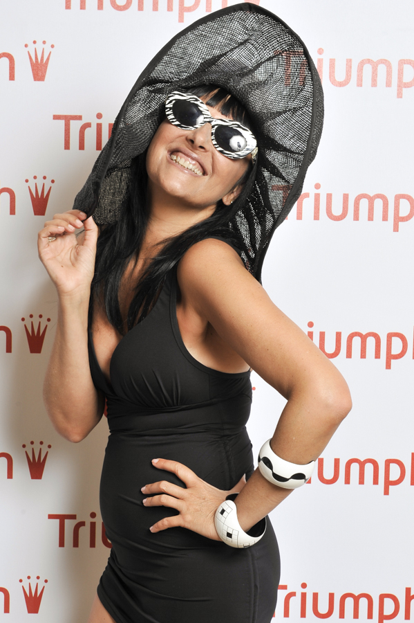 Smilingschic, fashion blog, triumph experience, triumph blogger Day, event fashion blogger, abbigliamento da mare black and white,