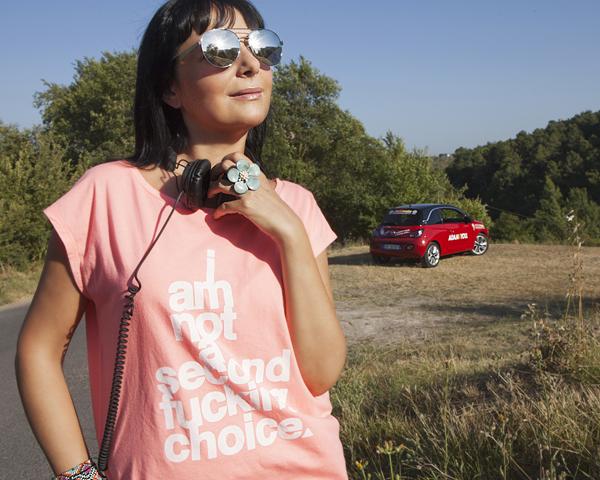 Smilingischic, fashionblog, Opel Adam e Smilingischic, Lucca, driving is chic, recensione opel adam , city car, sunglasses HYPE,