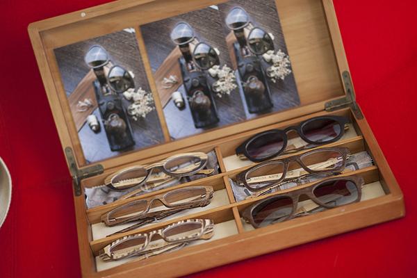 smilingischic, fashion bog, occhiali da vista ricercati, occhiali di qualità, look ottica e altro, Milano, negozi ottica milano, occhiali in legno personalizzabili