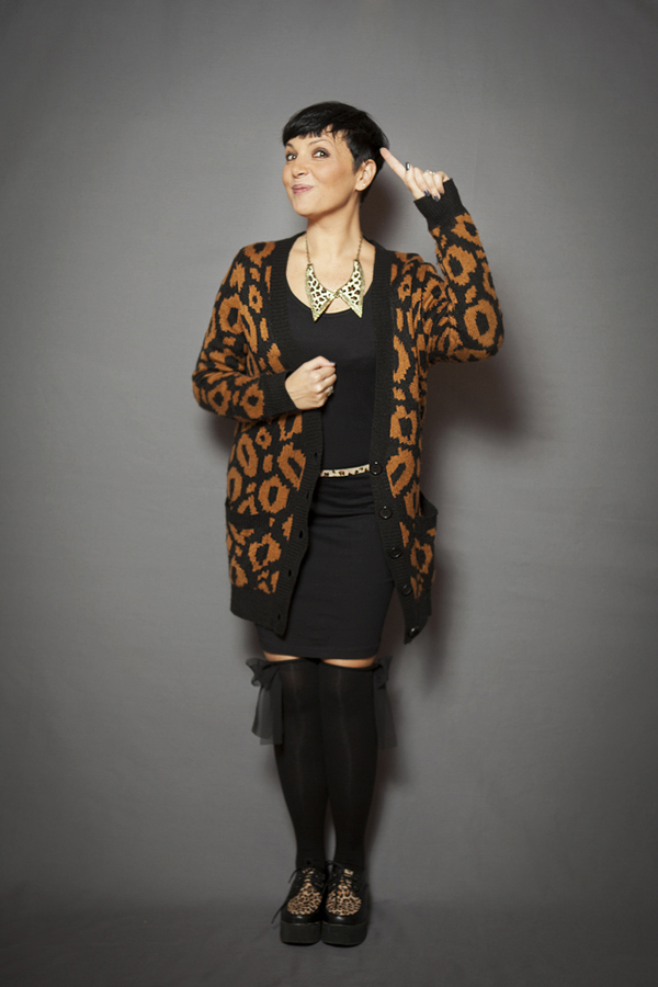 smilingischic, fashion blog, 2040, bonprix, tubino nero, happiness, fashion blogger, animalier style, trend,