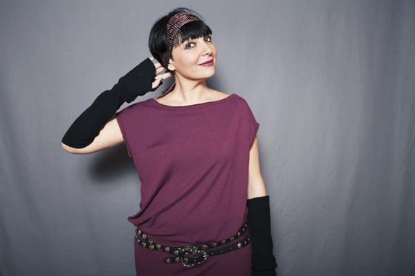 Smilingischic, fashion blog, Sandra Bacci, two is better than one, rock or chic?, miawish maglieria, abito bordeaux, Smilingischic_Mia_Wish-doppio, cravatta come fascia per capelli