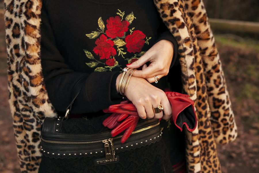 smilingischic, Fashion blog, outfit per le feste, targa e animalier, cappotto zara, Lara Ferretti, Nomination, , MybonbonsNominatio, edizione natalizia, Smilingischic_Tartan_Animalier-1005