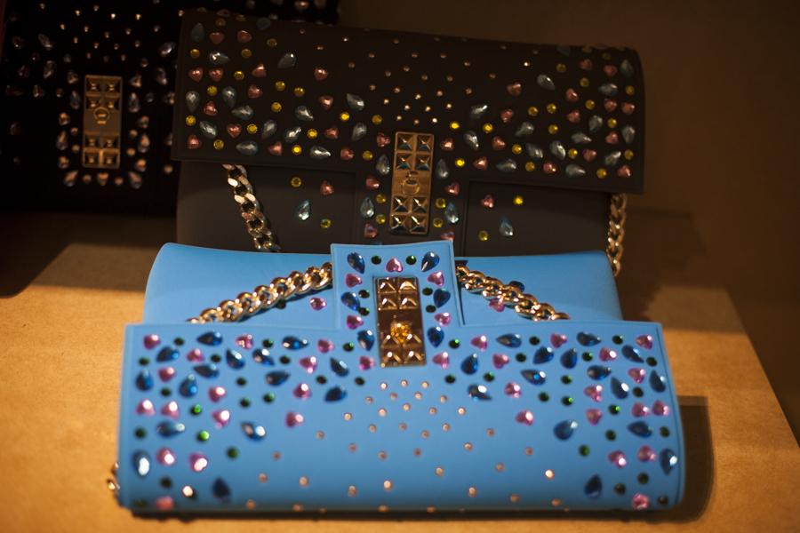 Smilingischic, fashion blog, shopping ideas, La Fille Des Fleurs, Animalier bag, Pitti85