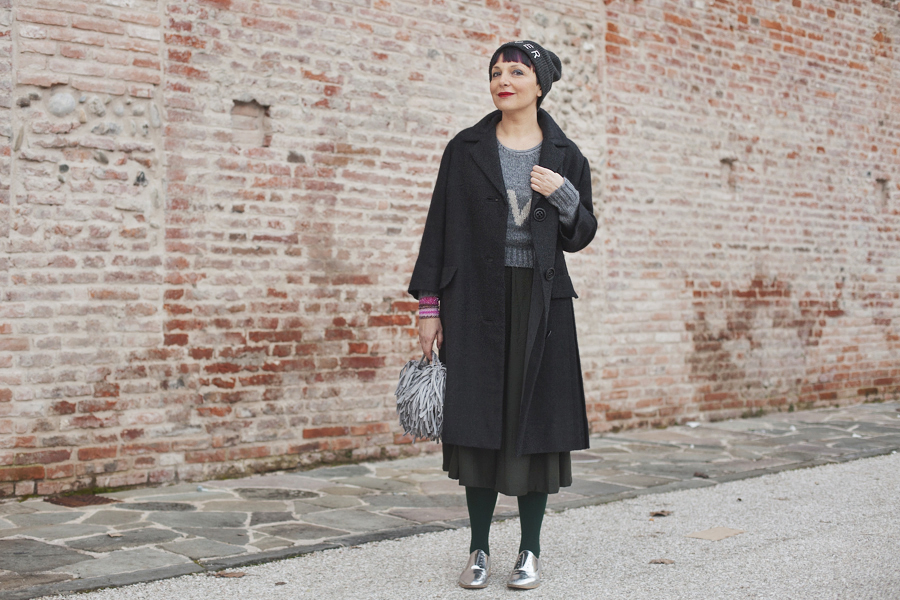 Smilingischic, fashion blog, Sandra Bacci, Whatever, gray , love, outfit,