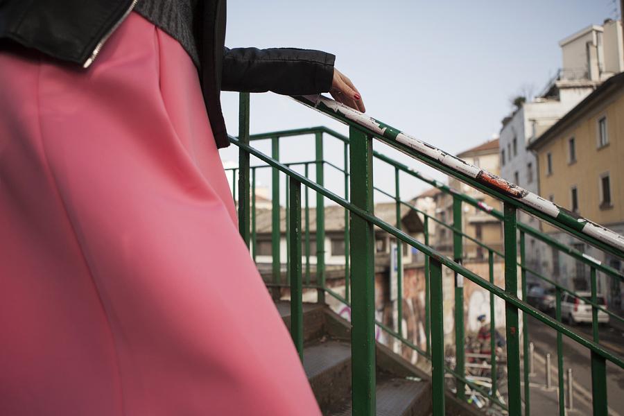 Smilingischic | Nora Scarpe di Lusso-1006, dettagli , Milano, ringhiera, Sandra Bacci,