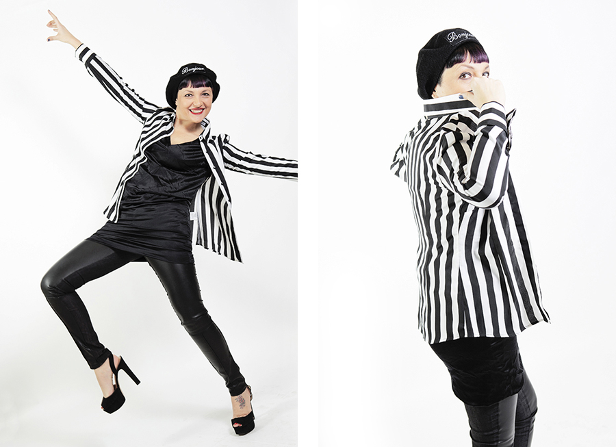 Smilingischic-nara-camicie, fashion blog, shooting per Nara camicie , Bonjour... I LOVE stripes and you?, strips, black and white, sorriso, basco con scritta bonjour , Smilingischic-nara-camice-1004
