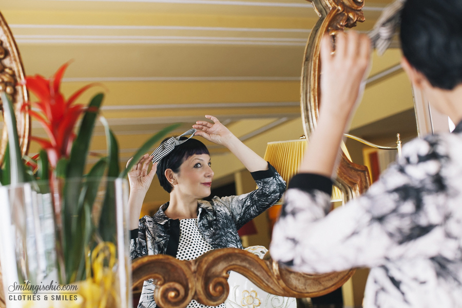 Smilingischic | Hotel Adua-1006,Montecatini Terme, , Retrò style, Adele 1961 , collezione primavera 2014, specchio,