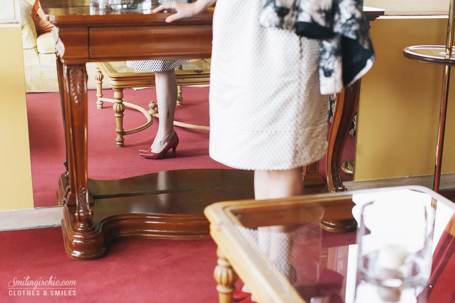 Smilingischic | Hotel Adua-1007,riflesso specchio, decolletè rosse