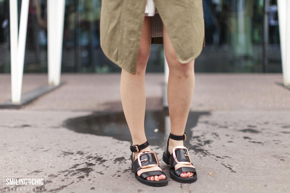 Streetstyle | Military style | sandalo nero