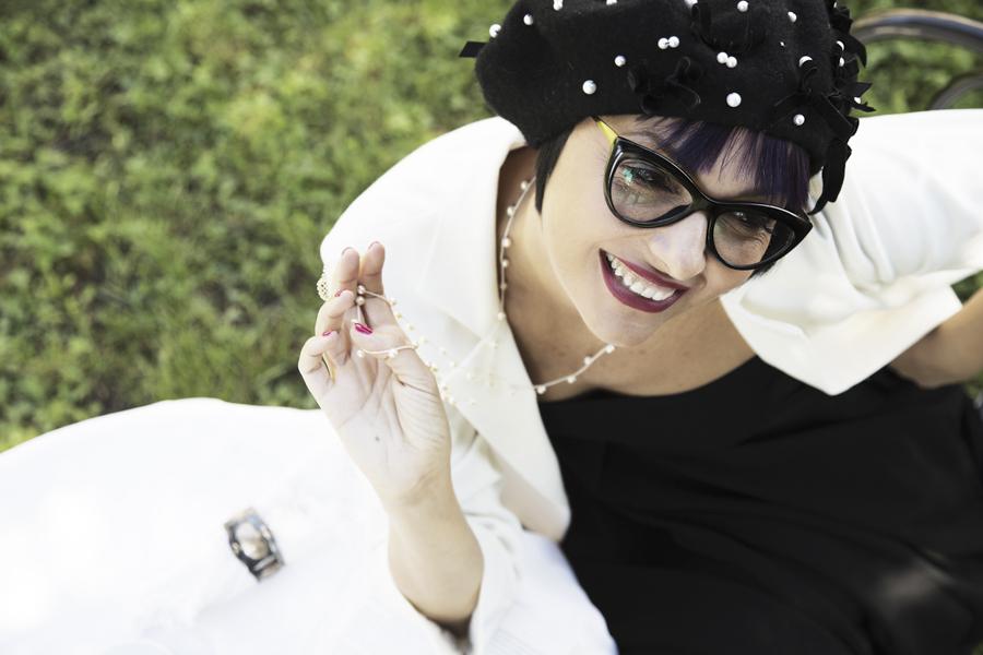 Smilingischic -1002-2, Sandra Bacci, Fashion in Flair, editoriale Chanel N5 look, Silvia Soldani Stylist