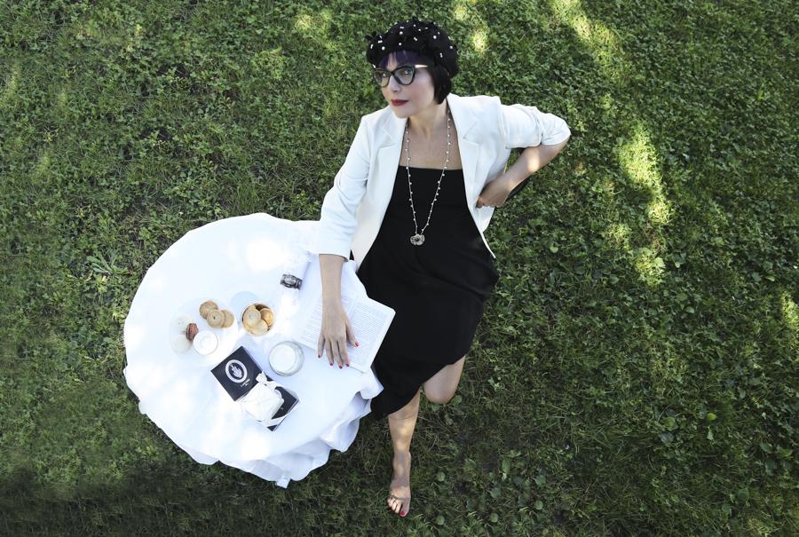 Smilingischic -1004-2, Fashion in Flair, editoriale Chanel N5 look, Silvia Soldani Stylist