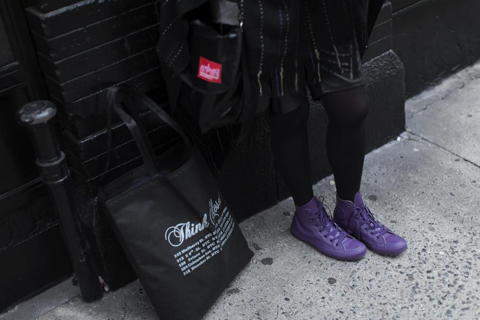 Smilingischic - New York -1004, dettagli , Converse viola in pvc/ Converse per la pioggia