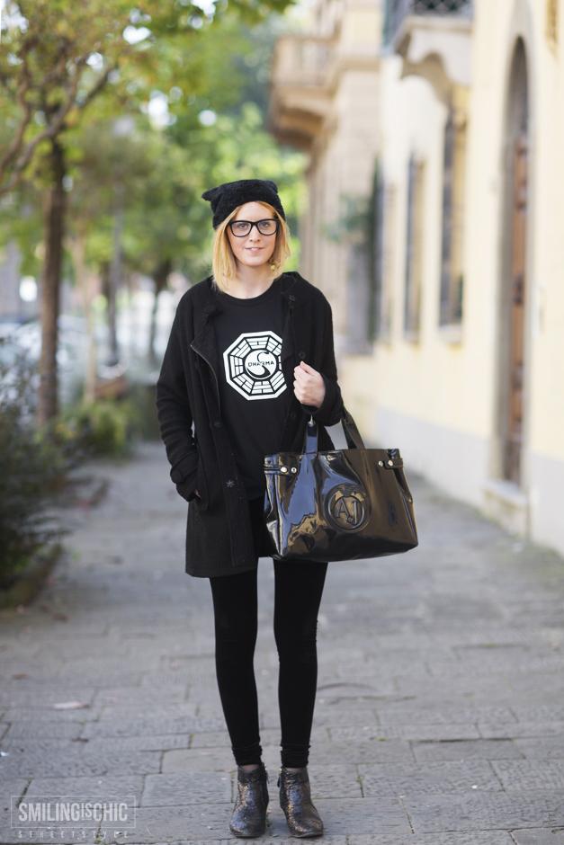 Look Total Black con borsa Armani