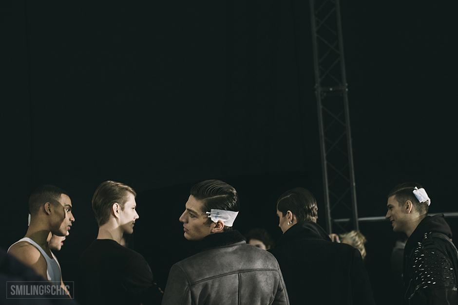 Jhon Richmond-Backstage-FW1516-1006