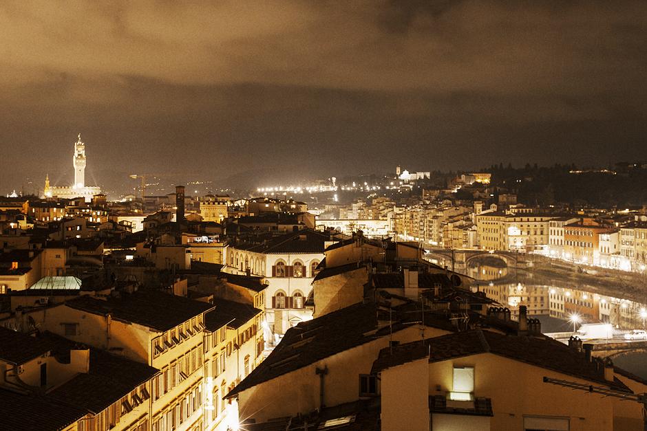 Un altro Pitti. L'Altro Pitti., Smilingischic, Think Visual ,  veduta Firenze di notte, Gran Hotel Excelsior