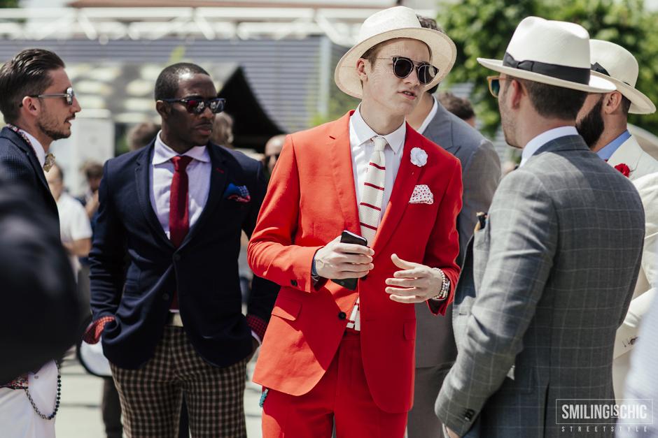 abito sartoriale rosso, Pitti uomo 88