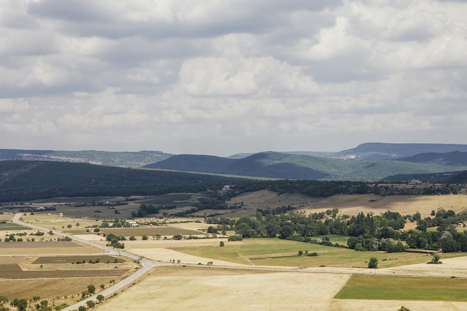 Simiane-la-Rotonde, panorama Provenza: alla ricerca della lavanda perduta