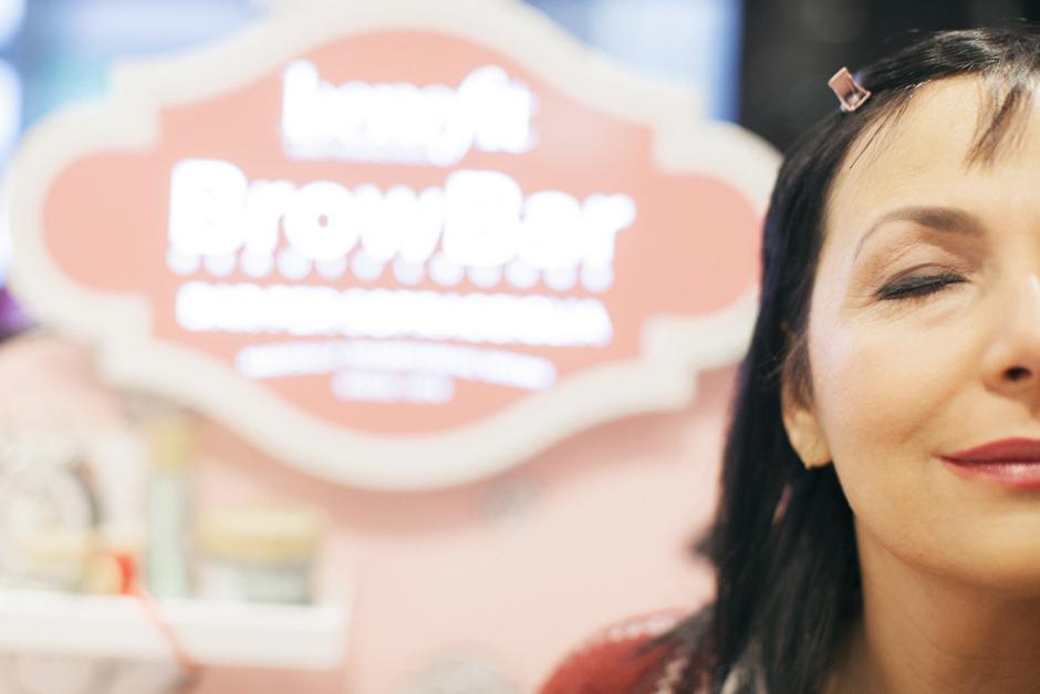 Benefit Brow Bar a Lucca, Sandra Bacci